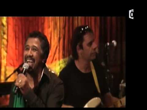 Khaled Live au cabaret sauvage septembre 2009 with horns!
