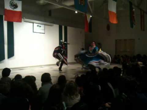 Ballet Folklorico de Carlos Moreno at Valley Montessori School in Livermore