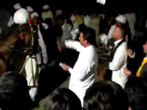 hors dancing in bhon chakwal nasir and kashif wedding2 2012.mp4