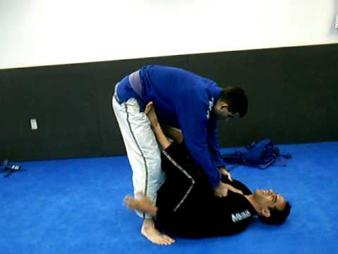 9 open guard bjj techniques Image 1