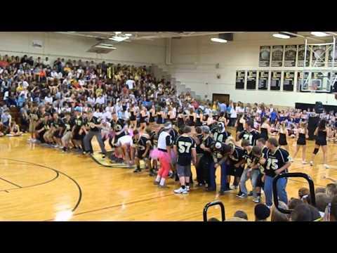 East Davidson High School Football Players and Cheerleaders