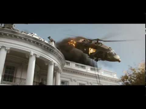 "WHITE HOUSE DOWN - ""Theres A Friendly On The Roof"" - On Blu-ray And DVD"