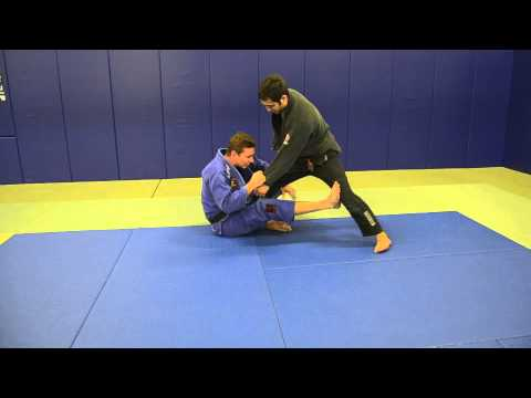 De la Riva Guard basic set ups drill Image 1