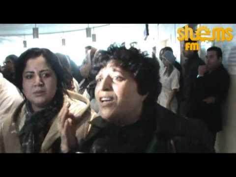 image vid�o انهيار زوجة شكري بلعيد وعائلته لحضة خروج جثمانه