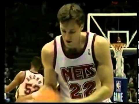 Marv Albert enjoys Chris Dudley's free throws - Knicks @ Nets - 1992/93