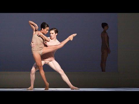 Девушки голые в балете видео