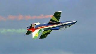 HUGE RC AERMACCHI M-339 MODEL TURBINE JET FLIGHT TO MUSIC