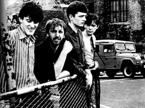 Joy Division - Novelty (Traducida al español)