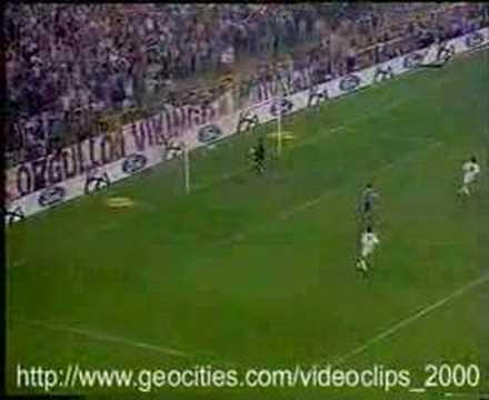 Seedorf – Gol incredibili dalla lunga distanza