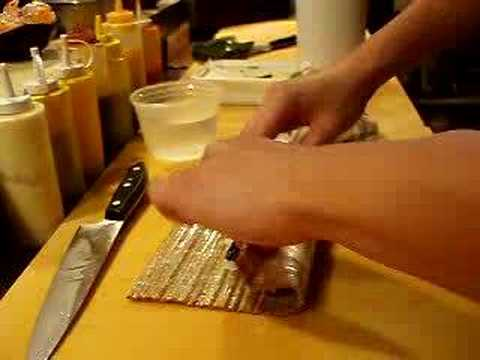 How to make a sushi roll, maki
