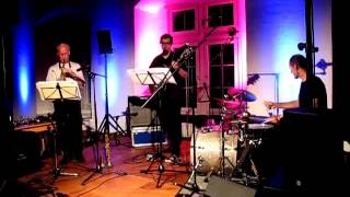 Samo Salamon Bassless Trio feat. Paul McCandless & Roberto Dani: Seagulls In Maine