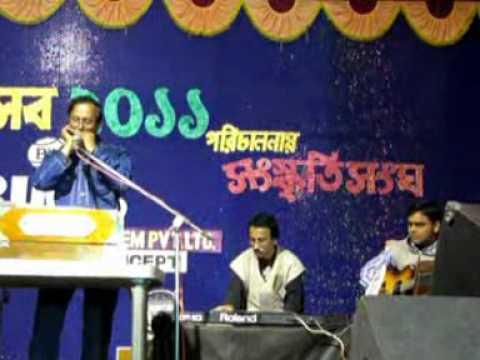 Dhaker Tale -harmonica-live-debasis.mpg video