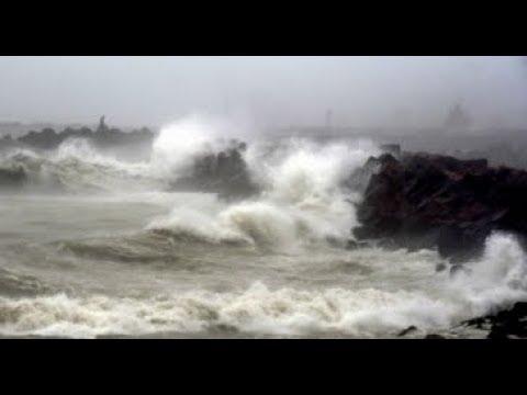 Morning Breaking: Cyclone Phethai hits Andhra Pradesh, 1 killed