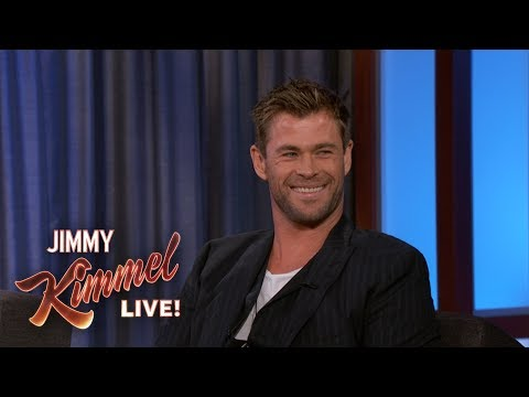 Chris Hemsworth Reveals Where He Keeps His Hammer en streaming