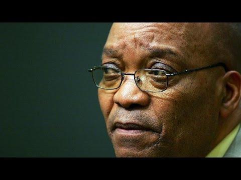 Güney Afrika Cumhurbaşkanı Zuma'ya parlamentodan destek