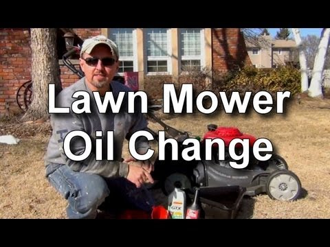 How to Change the Oil in a Honda Lawn Mower