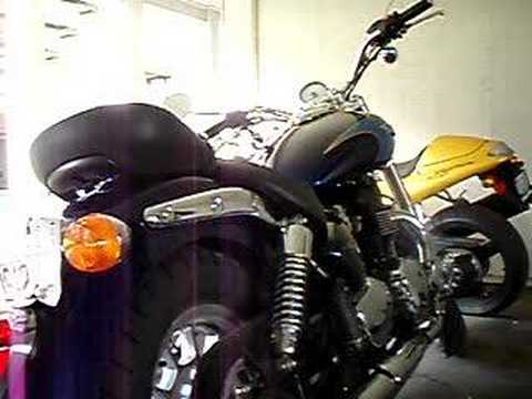 08 Triumph Bonneville America short cut off-road exhaust Video