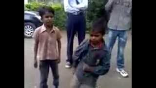 WhatsApp Funny Video - Indian child have amazing talent must watch