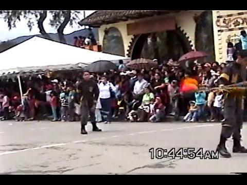Desfile Colegios Loja 2013