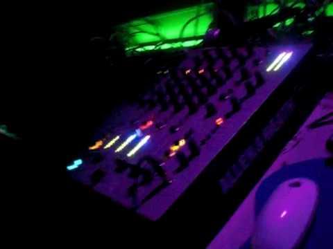 DJ PATT @ BOTANIC DISCO TUDELA 06-03-2010 LOCURON PATT ST GERMAIN.MOV