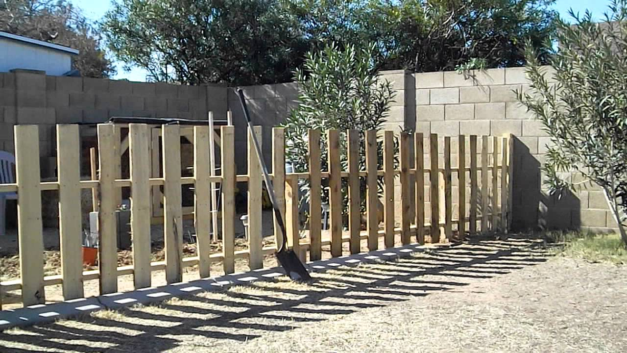 How To Build A Garden Fence Using Reclaimed Pallets Youtube