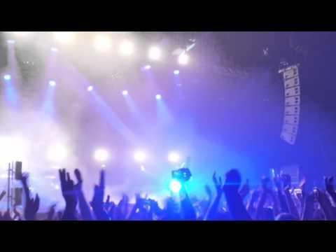 TwentyOne Pilots Live Vienna Concert ( Car Radio)