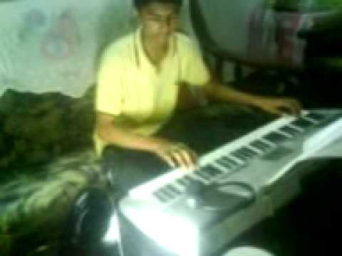 Vennila Chandana Kinnam Playing In Keyboard. video