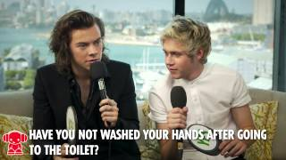 "One Direction Video - One Direction play the ""Yes/No"" game HD"