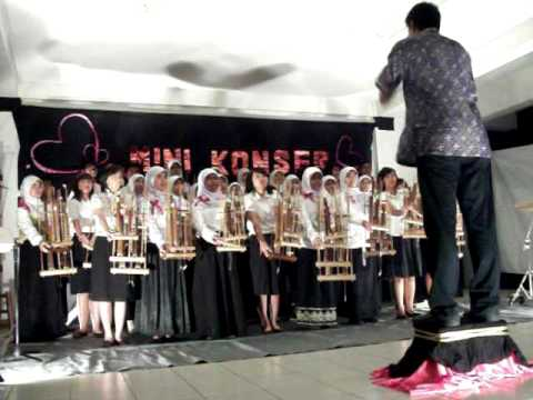 Angklung Calon Kpa Itb 2010 Accidentally In Love
