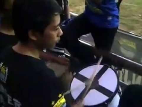 BOMBER MUSIC CREW Persib bandung Nyanyikan Aing Getih Sunda
