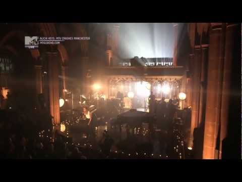 Alicia Keys, Manchester Cathedral - No One (HD).