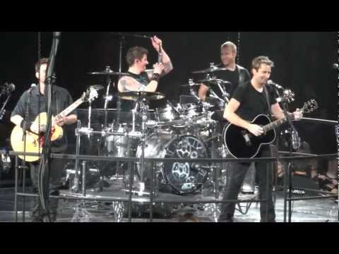 Nickelback Rockstar Live Montreal 2012 Hd 1080p video