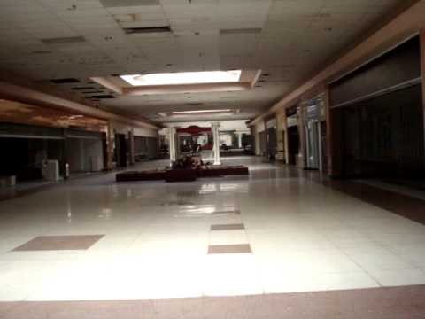 Abandoned Rolling Acres Mall, Rolling Acres/Akron, Ohio Footage 2009
