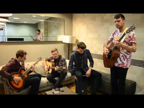 SESSION: Lower Than Atlantis - 'Scared Of The Dark'