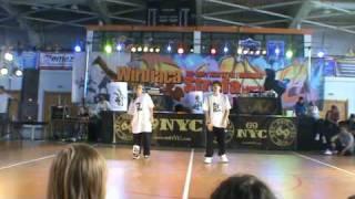 Fresh Poland: Wirująca Strefa 2009 Sofa & Mar 1st place