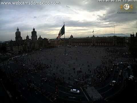 Temblor 08 Mayo 2014 Zócalo Ciudad de México Desalojo edificios (con audio)