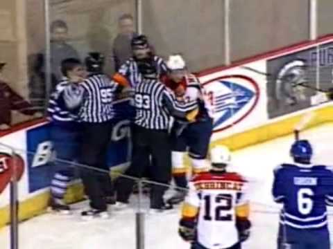 Bryson Cianfrone vs Connor McDavid Nov 11, 2014