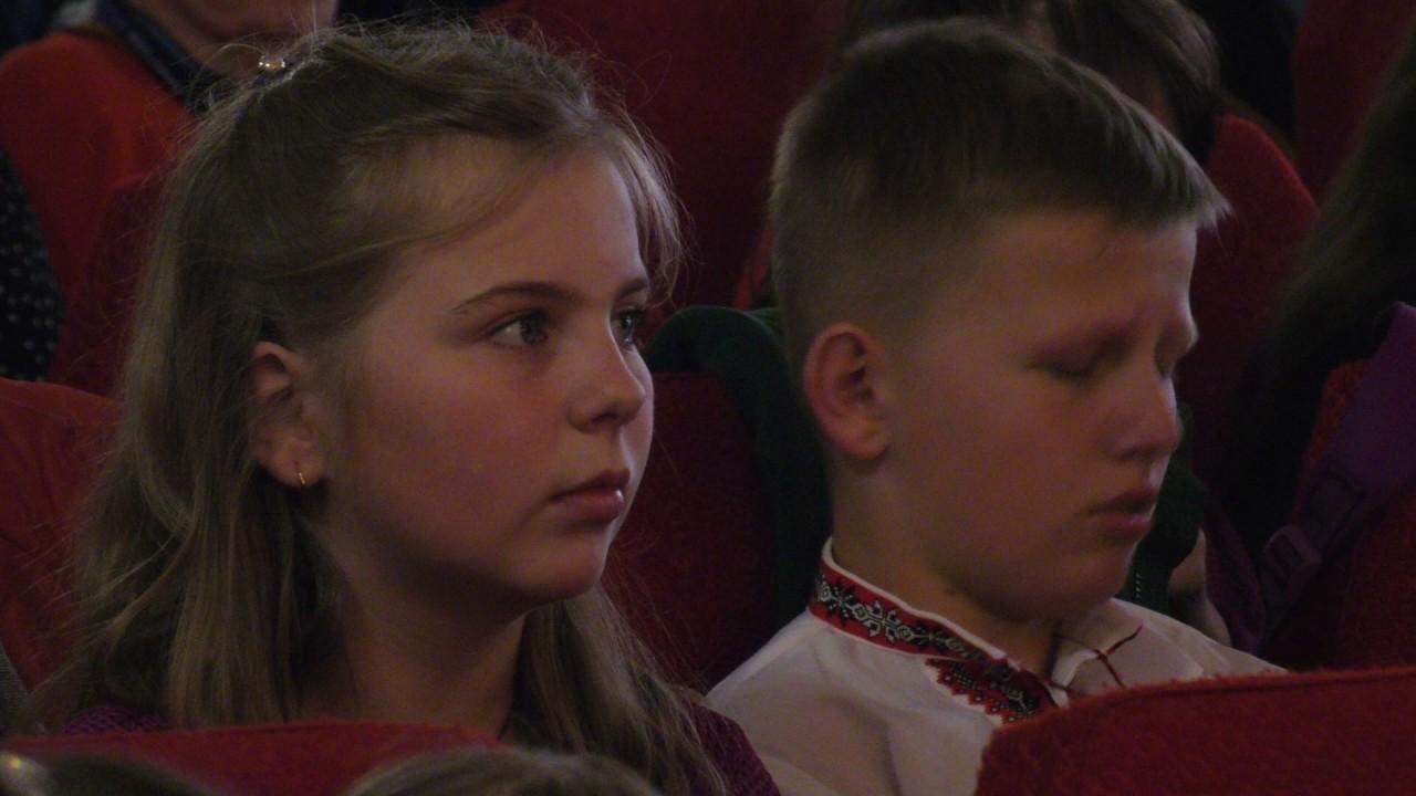 На фестивалі «Повір у себе» у Калуші діти співали серцем і жестами