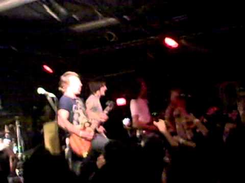 Of Mice And Men - Poker Face ( live)