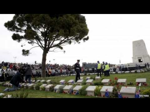 Gallipoli centenary Australia and New Zealand mark Anzac Day