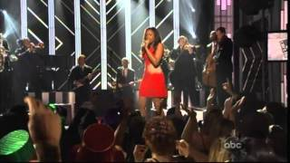 Jennifer Hudson Video - Jennifer Hudson - Feeling Good (Live)