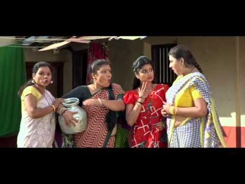 Sexy Neethu Shetty Hot Big Navel Slips In Saree thumbnail