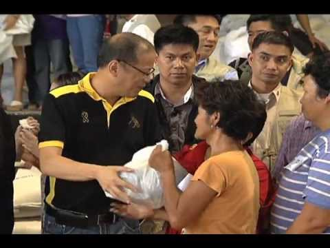 Distribution of Relief Goods in Dinalupihan, Bataan 8/10/2012