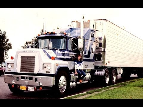 Sweet Old Mack Trucks: Gallery of Mack Truck Pictures ...