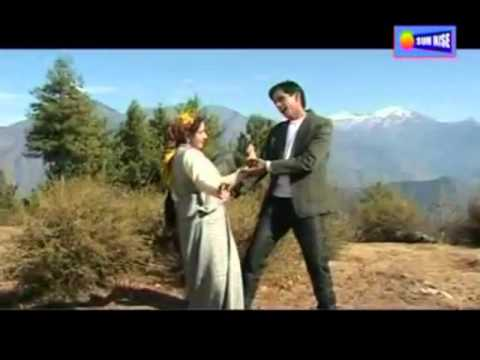 Kendi Chekhuyee Himachali Pahari Nati(video) By Debe Ram Kulvi.mp4 video