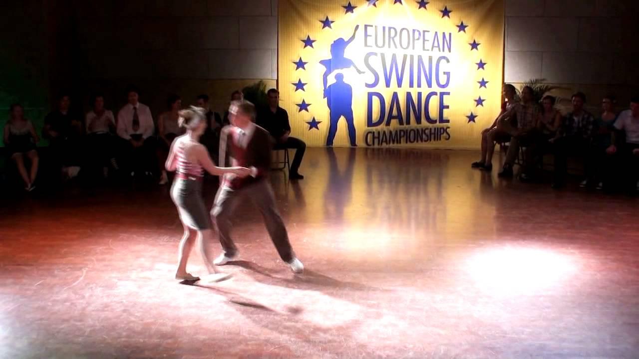 Esdc 2011 Invitational Lindy Hop Skye Amp Jo Youtube