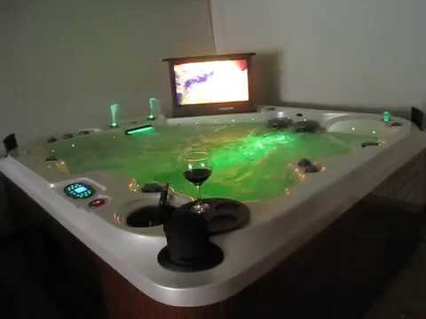 "Jacuzzi-Spa-Modelo Theater Rialto Tv32"" www.marchessi-spa.es"