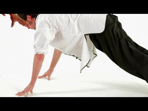 How to Do Eagle Claw Push-Ups | Shaolin Kung Fu Image 1