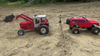 Rc tractor and truck pulling with fails.