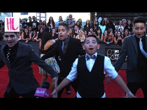 The Iconic Boyz 2b1 Dances At The Mtv Vmas 2013 video